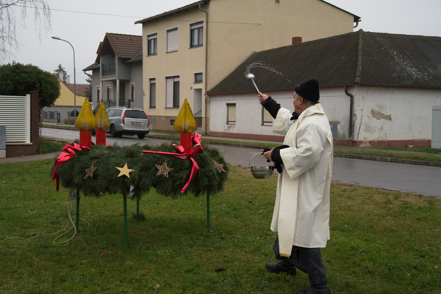 Adventkranzsegnung in Breitensee