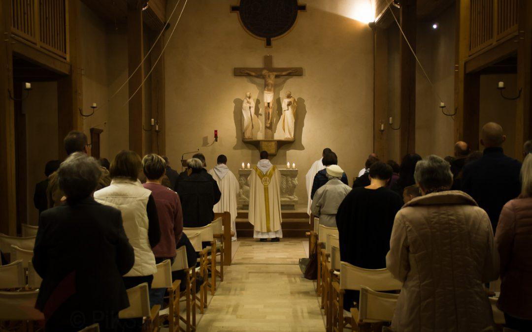 Heilige Messe mit dem Acapella-Chor Clementina